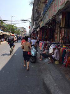 Tran Hung Dao fabric market